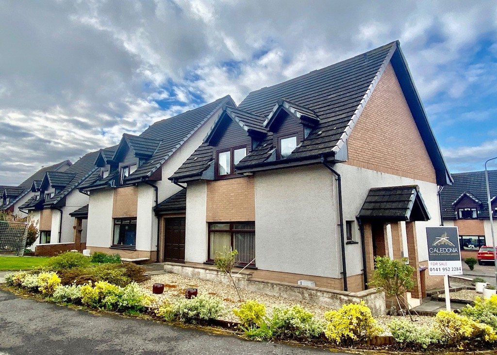 Braidfield Grove, Hardgate, West Dunbartsonshire